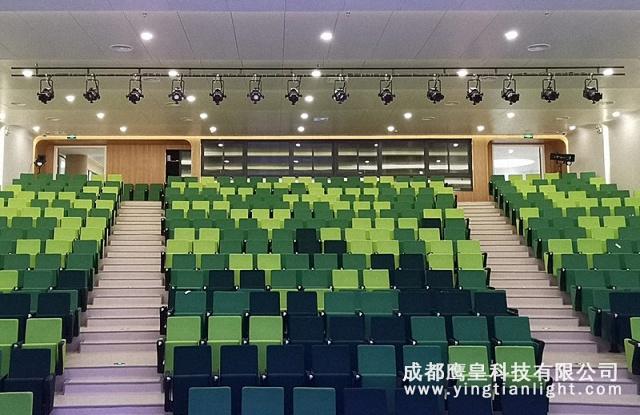 学校多功能厅舞台灯光设计