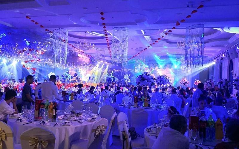 鹰皇科技【推出】免费代建婚礼堂灯光音响LED显示屏设备