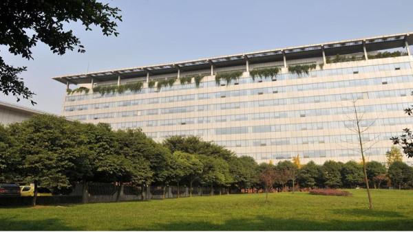 鹰皇科技倾力打造四川路桥集团无纸化会议室