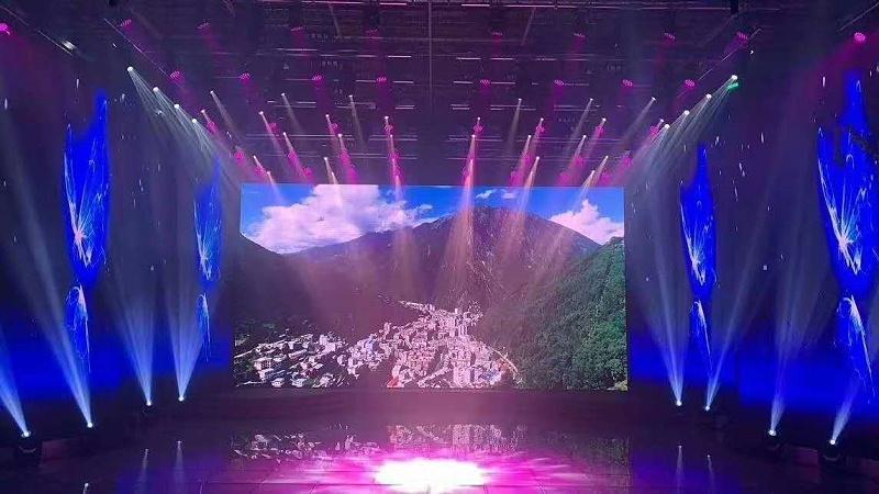 剧院舞台的灯光调试技巧