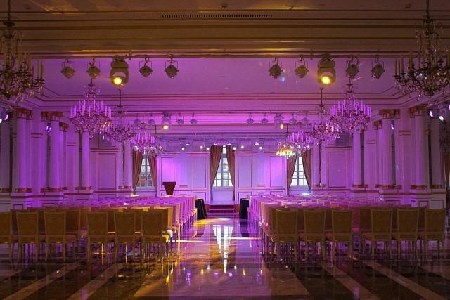 自贡酒店宴会厅舞台灯光音响工程应用