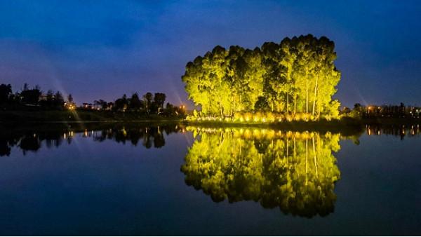 成都新津天府明珠公园暨民营经济博物馆户外灯光亮化工程